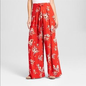Xhiliration Red Floral Print Pants